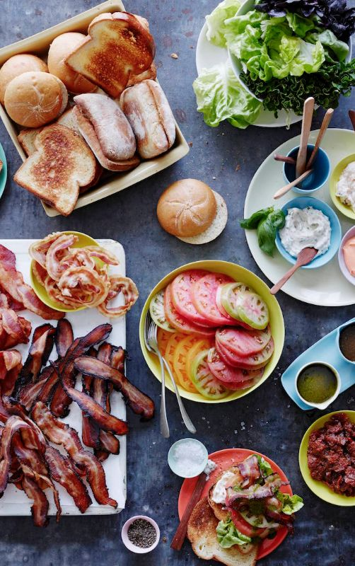 BLT Bar from www.whatsgabycooking.com ALL THE BACON and Bacon Jar for feeding a crowd! (@whatsgabycookin)