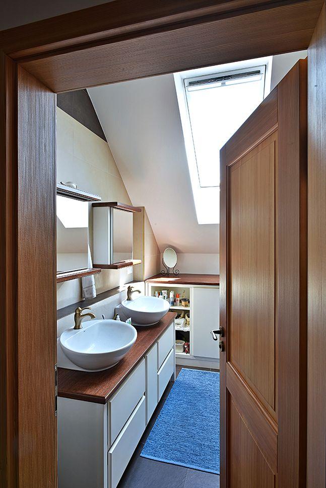 Light bathroom / Geddes-Kaňka Interiors