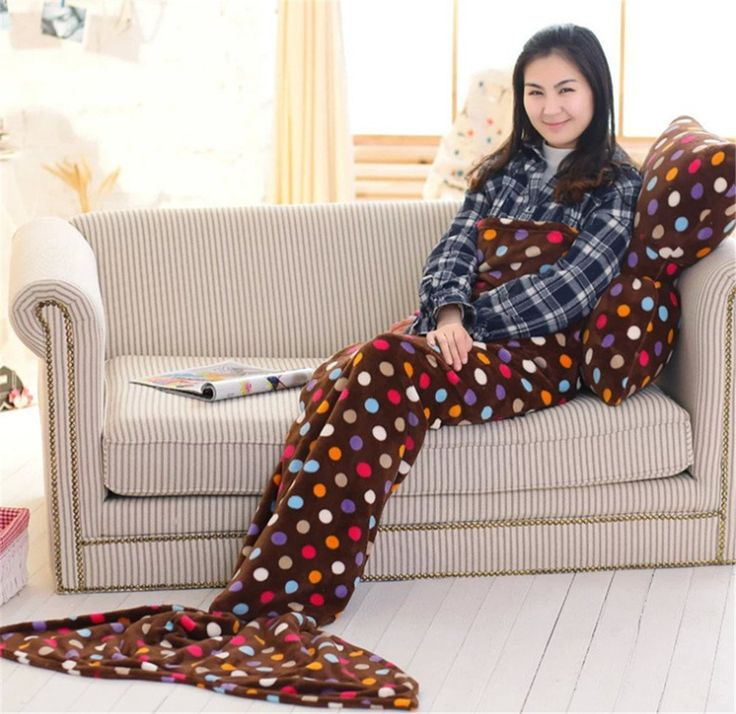 Cola de sirena manta. Siéntete como una sirena con esta bonita manta. No pasara desapercibida en tu hogar una manta con forma de cola de sirena.