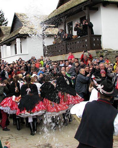 Panoramio - Photos by nc evab Húsvét, Easter, Osterfest, Hollókő, népviselet, folk, tradition