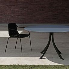 Expormim Falcata Gartentisch mit HPL Tischplatte, rund oder quadratisch 120 cm