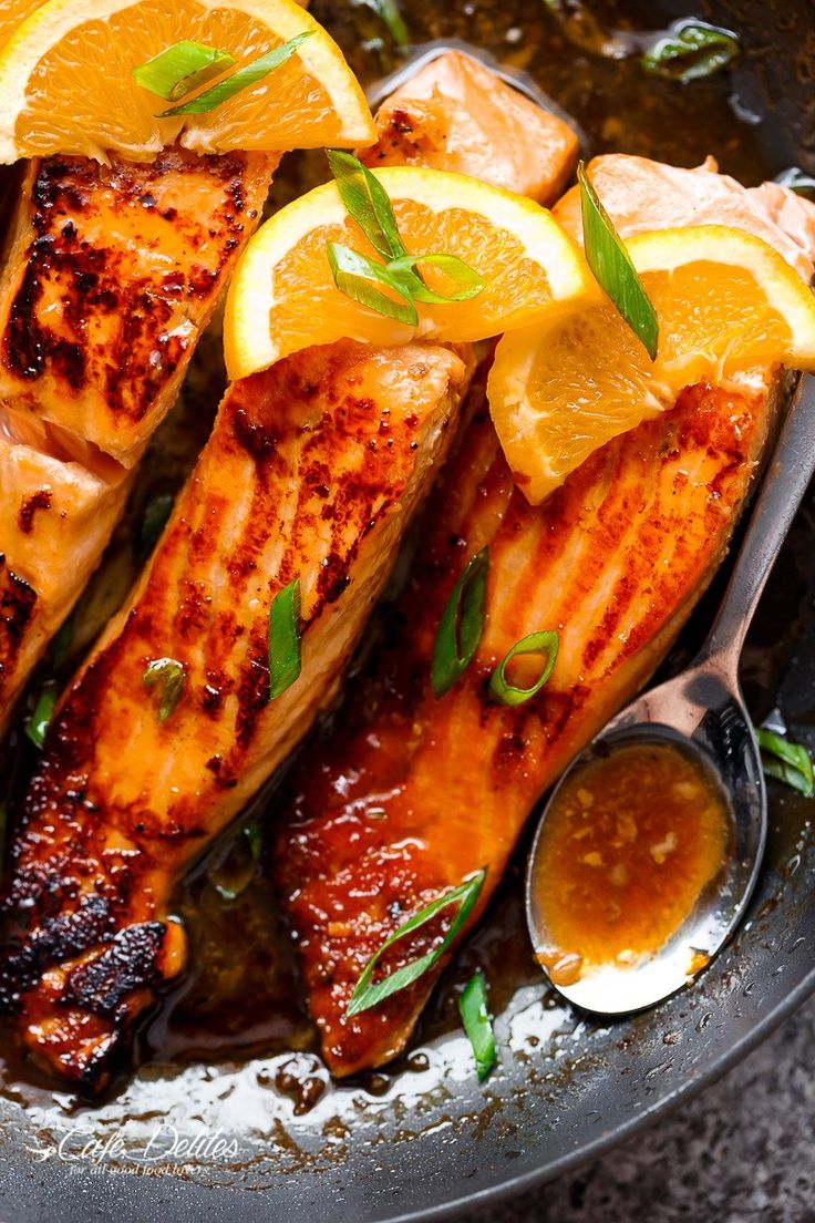 Crispy Honey Orange Glazed Salmon fillets are pan-fried in the most beautiful honey-orange-garlic sauce, with a splash of soy for added flavour!