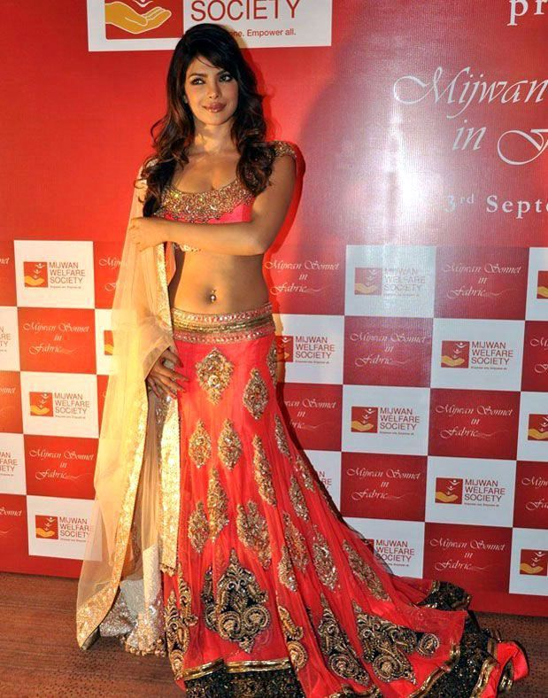 Actress Priyanka Chopra Lehenga Choli 2016 For Wedding