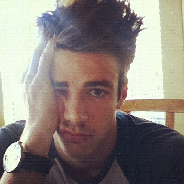 Grant Gustin. Just like. Wow. This is a face I would gladly turn around and talk to in biology.