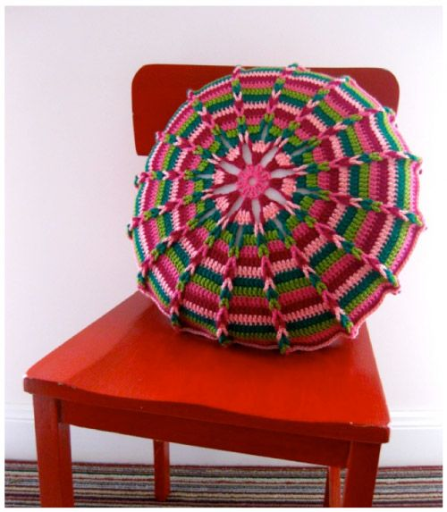 Click onto picture for several nice crochet  ideas and patterns, i.e., doily and/or coasters, dress, etc.