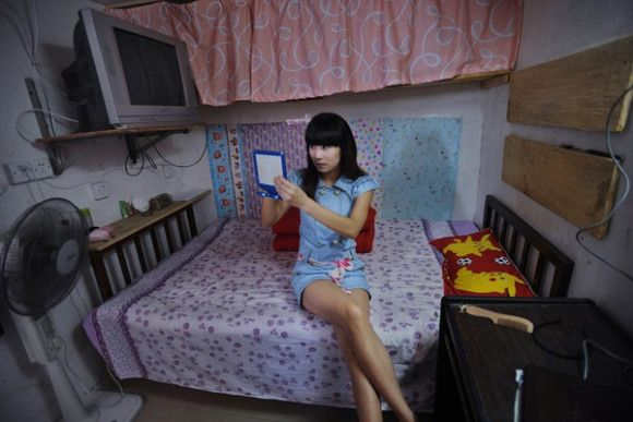 An Inside Look at Low Income Apartments in Hong Kong 1