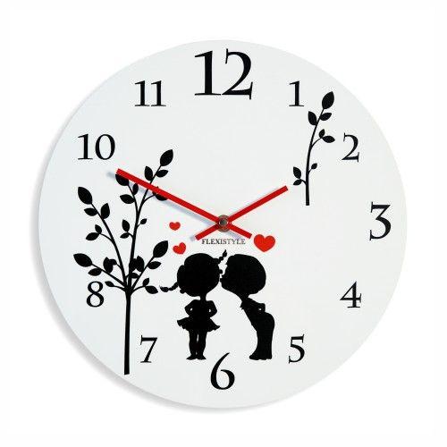 Biele detské hodiny na stenu okrúhle