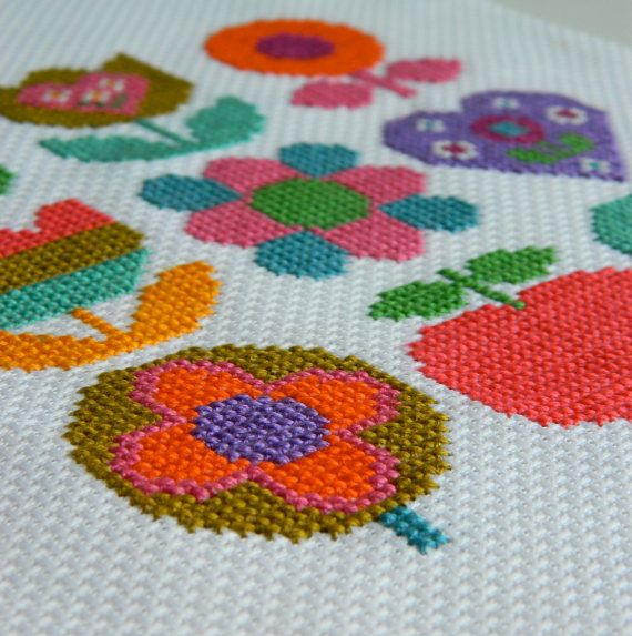 alice apple cross stitch pattern