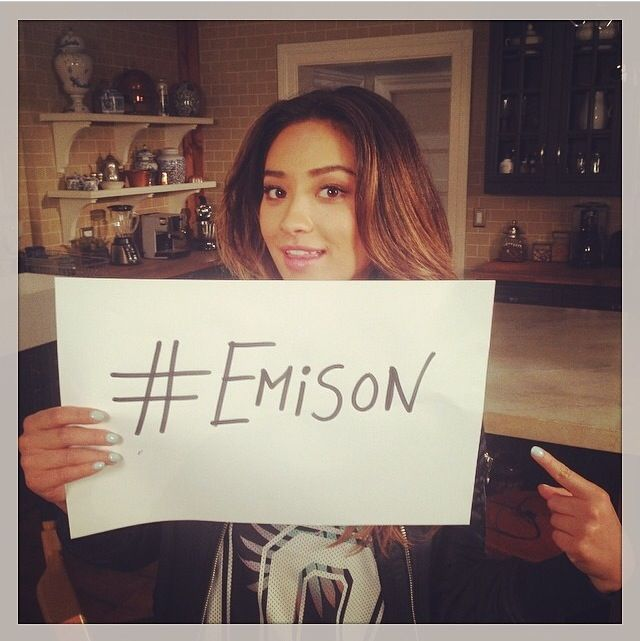 Pretty Little Liars #Emison even she is up to it