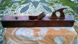 40 €: Vendo plaina antiga em madeira foi recuperada só precisa do ferro de corte Medidas C 64,5 x A 18 x L 8 Todos os artigos activos estao disponiveis para venda Tenho mais anúncios