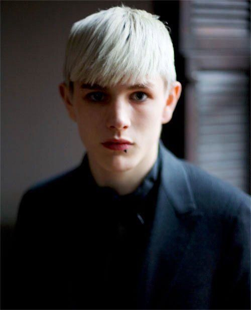 Arthur Nott ROLE: minor character  AGE: 15  BIRTHDAY: march 30th, 1929  BLOOD STATUS: pureblood  RELATIONSHIP: single  STATUS: alive [sotr]  LOYALTY: 10/10  PLAYED BY: Luke Worrall