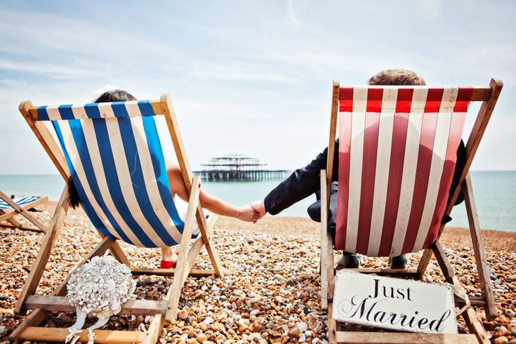 Ten Super Cool Beach & British Seaside Themed Wedding Ideas ...