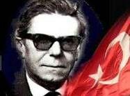 """""""BAYRAK"""" ŞİİRİ ŞAİRİ ARİF NİHAT ASYA'YI(1902-1975) 40. ÖLÜM YILDÖNÜMÜNDE RAHMETLE ANIYORUZ. #ArifNihatAsya  http://www.siir.gen.tr/siir/a/arif_nihat_asya/bayrak.htm"""