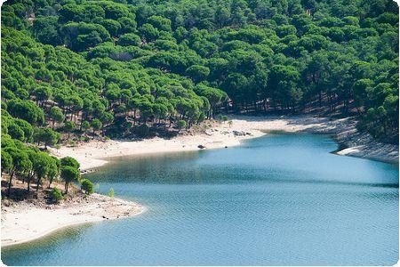 Escapadas de fin de semana: ruta por las piscinas naturales de Madrid