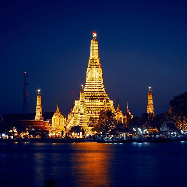 #watarun #temple #night #bangkok #travel #editorial #photography #thailand #southeastasia #chaophrayariver