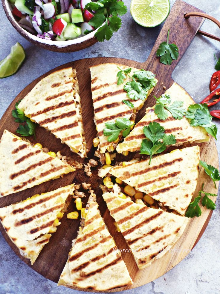 Chicken & corn quesadilla (Кесаділья з куркою та кукурудзою)