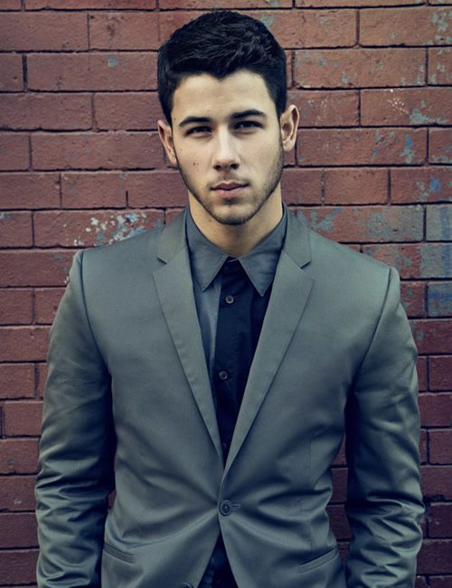 Ugh, Nick Jonas. Why do you have to be sickeningly hot????