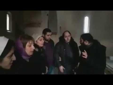 Papa Francesco in Georgia, canto in aramaico nella Cattedrale Patriarcale di Svetitskhoveli - YouTube