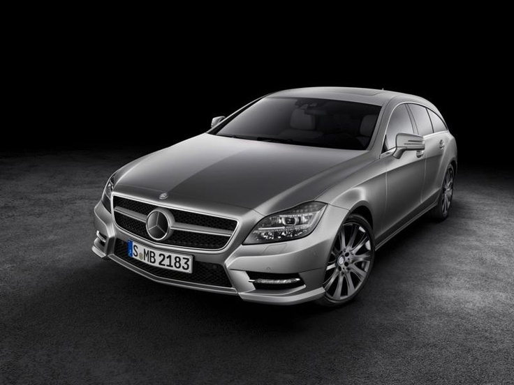 Mercedes Benz CLS Shooting Brake. Fuel Consumption Combined: 10,6 5