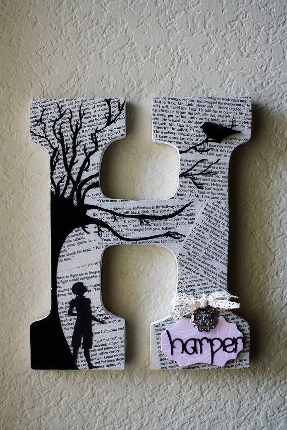 Thème de Kill A Mockingbird mariage en bois peint ou pépinière initiales Monogram