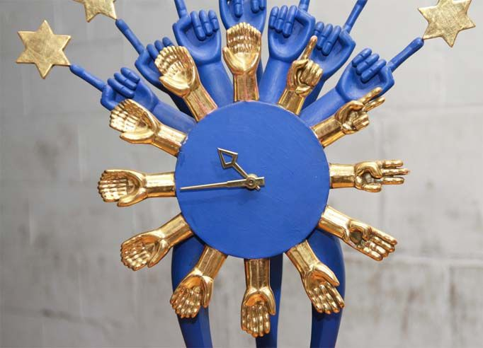 Super cool hand clock. #kellywearstler