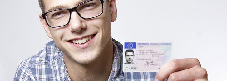 Patente di guida, come deve essere la foto?
