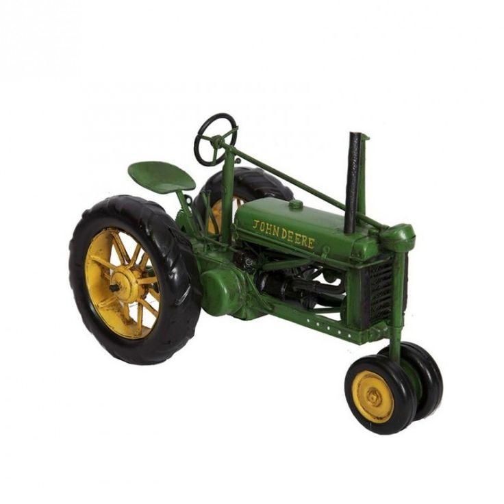 """Une reproduction en miniature d'un tracteur de la célèbre marque John Deere Idéal pour une déco esprit """"campagne chic""""   Prix de vente conseillé par le fournisseur en 2017"""