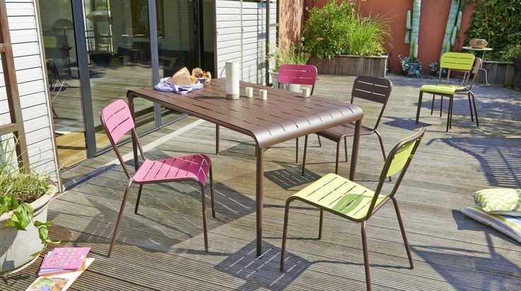 Les 25 meilleures id es de la cat gorie table de jardin for Table exterieur galvanise