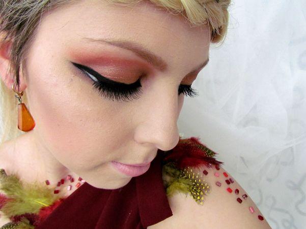 Hunger Games 2 Katniss Everdeen Inspired Fire Makeup Tutorial http://getthelouk.com/?p=2586