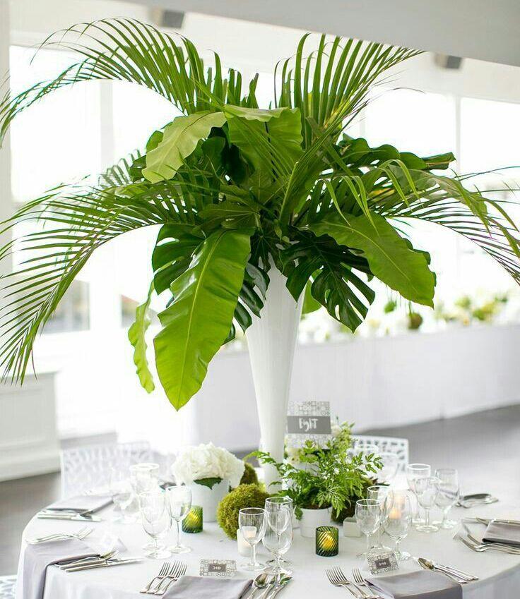 Pieza central Cilindro con hojas verdes
