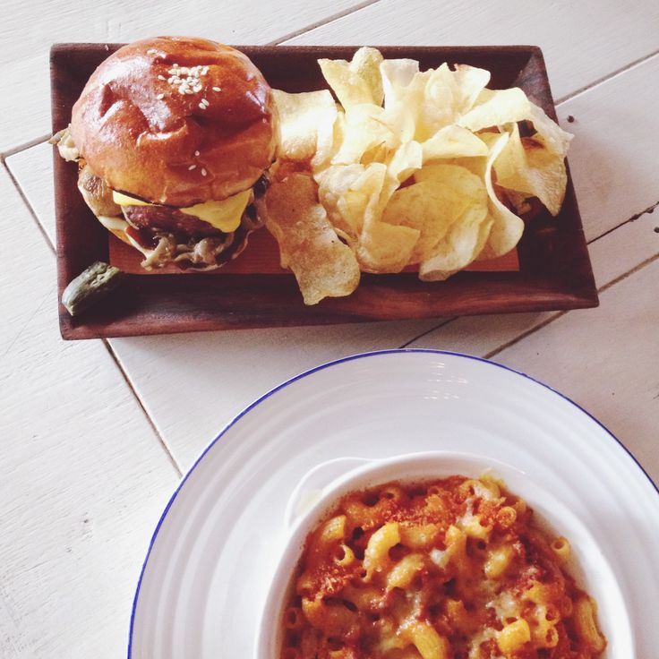 BLANC/SPACE - Burger and Mac&Cheese