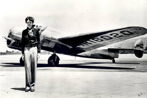 A bátorság az ára a békének. Amelia Earhart, a nő, aki átrepülte az óceánt