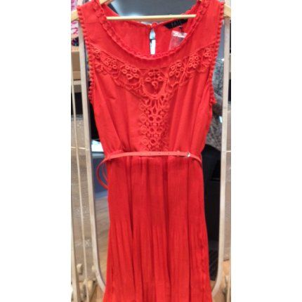 Burnt Orange Pleated Dress - RRP $128- DONATED BY Lisa from Blue Oak Features: Size 14 100% Brand New. Color: Burnt Orange Slim Orange Belt  DONATED BY Lisa from Blue Oak 03 5976 4392 blueoak@outlook.com Bentons Square Shopping Centre Shop 22, 210 Dunns Road, Mornington East V