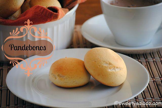 Pandebonos (Colombian Cheese Bread) // Pandebonos