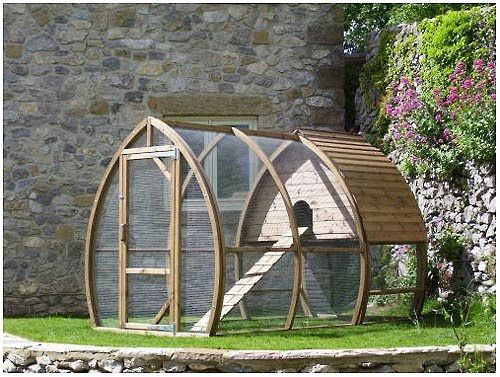 If I ever have chickens or rabbits... this will be their home