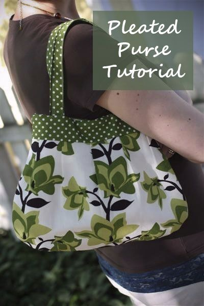 Free Pleated Purse Sewing Tutorial by Deliberately Domestic....cute...I will just make the straps a bit longer