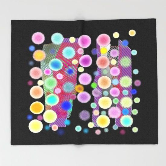 https://society6.com/product/chemin-de-bulles-sur-noir_throw-blanket?curator=boutiquezia