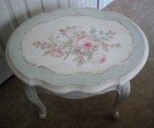 French Chic Vintage Roses Table