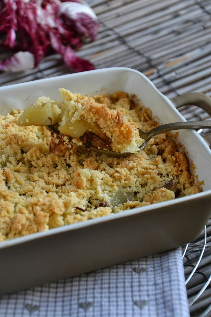 La Cucina di Stagione: Crumble di patate, radicchio rosso e speck