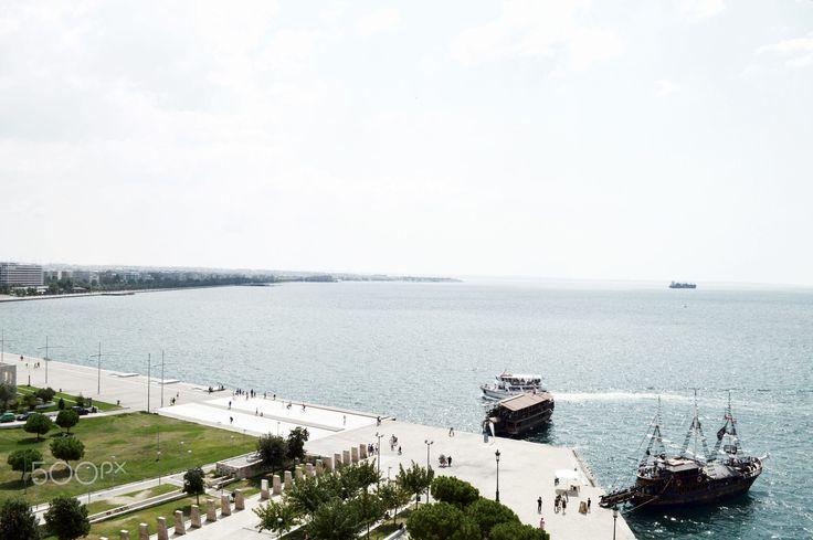 Waterfront view in Thessaloniki, Greece. #photography #photo #editorial #stockphoto #thessaloniki #travel #urban #dock #waterfront #500px #artbyjwp