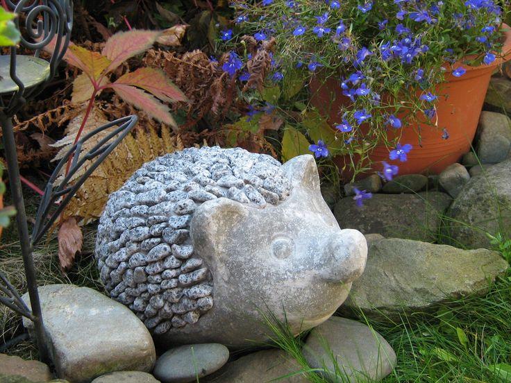 Betonový kamarád ježek