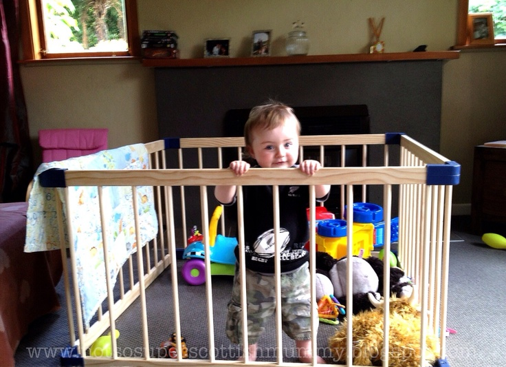 Not So Super Scottish Mummy: Playpen for your Toddler ... Not a Bad Idea!
