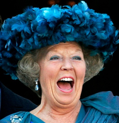 "The Royal Hats Blog | Queen Beatrix's Hats | Suzanne Moulijn also made hats for Queen Beatrix in the 1990s. After Scheltens retired, Beatrix turned to Moulijn for more of her millinery.  Moulijn's designs have a very recognizable style characterized by a combination of clean lines and rounded shapes as you can see here. I think this is the ""signature style"" you're referring to that we still see today. Moulijn is also responsible for some of Beatrix's feathered hats. Striking? YES!!"