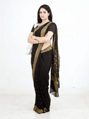 Don't miss! New pics of Actress komal sharma navel show in black saree stills-5's hot new romance