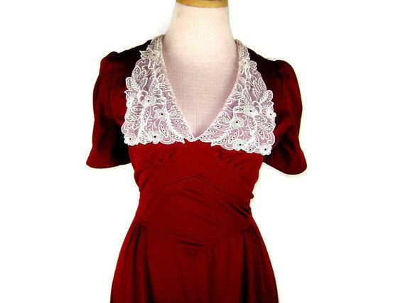 1970s does 1940s Dress with Romantic Lace Collar  by ragsfeathers, $32.00