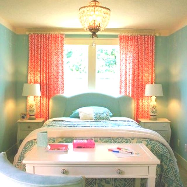 Peach & turquoise bedroom absoloutly adore<3