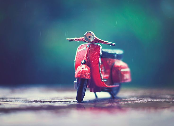 Creating Atmospheric Scenes With Miniature Cars Reminds Me Of My Childhood | Bored Panda