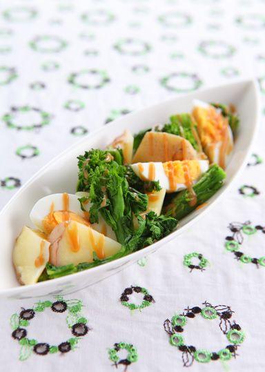 菜の花とじゃが芋のごまサラダ のレシピ・作り方 │ABCクッキング ... 市販のドレッシングをかけても美味しくいただけます! 菜の花の代わりにスナップえんどうやアスパラでも良いでしょう♪