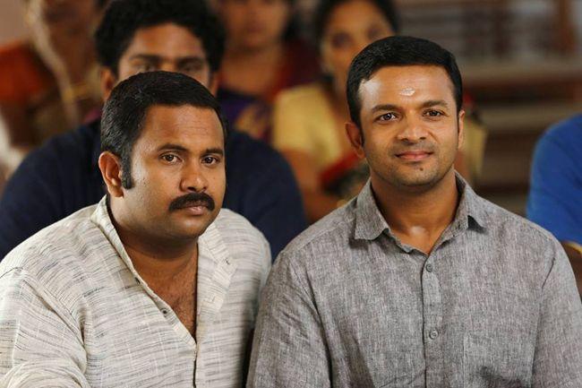 Jayasurya and Aju Varghese-2481 Su Su Sudhi Vathmeekam Malayalam Movie Latest Stills - Jayas