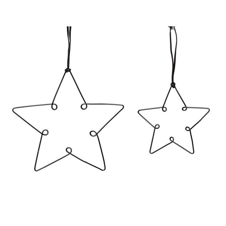 Zwart metalen sterren met een doorsnee van 10 en 14 cm.